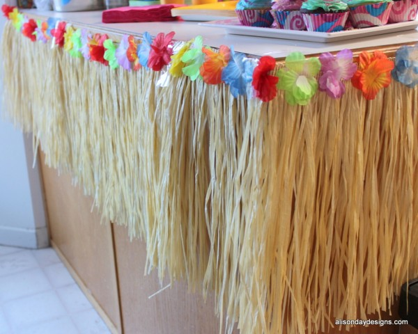 Grass Skirt draped counters